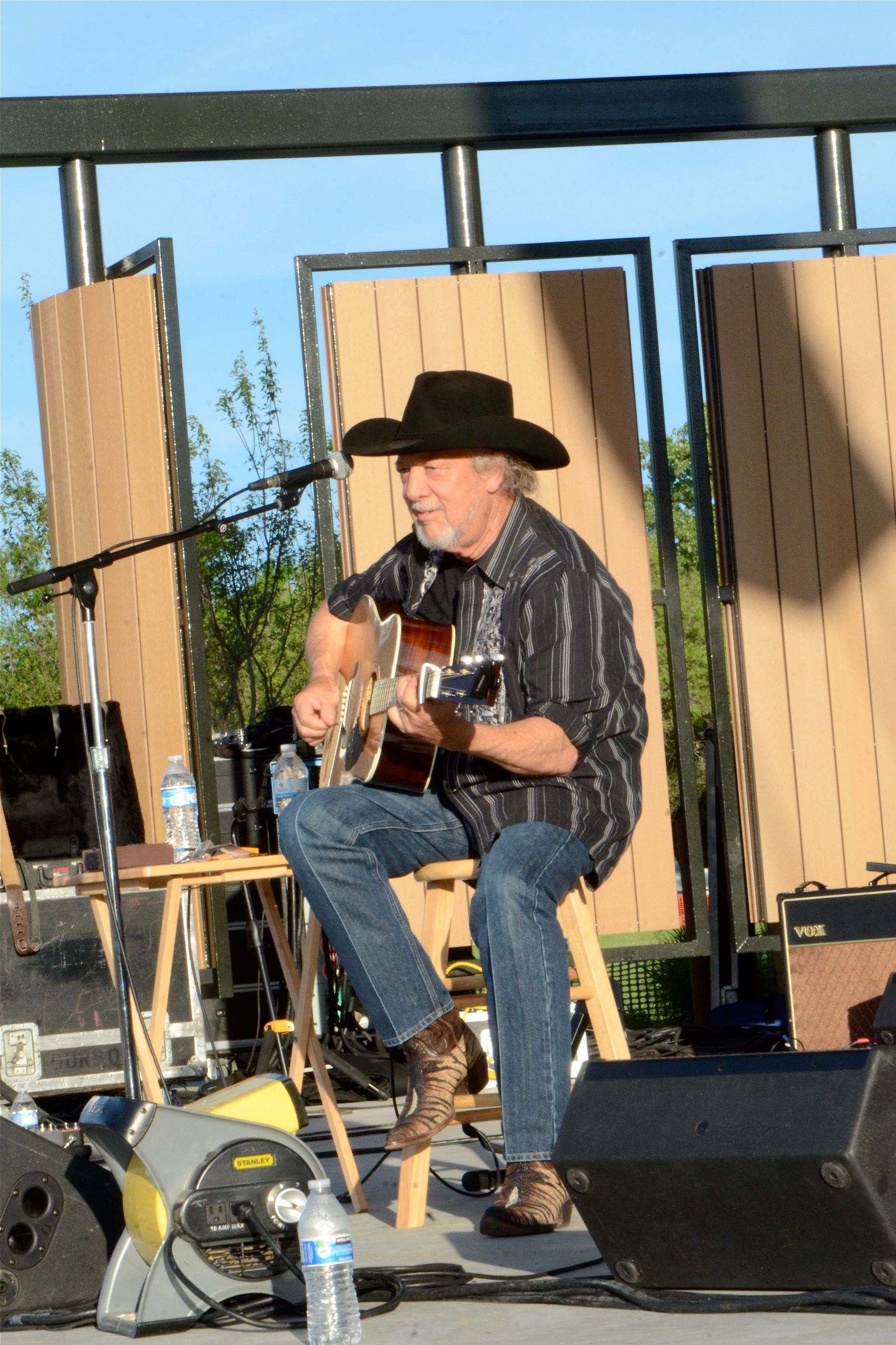 May 26 Concert Image of John Anderson on Stage